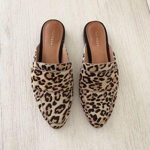 Nordstrom Halogen size 6 leopard calf hair mule